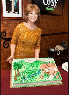 Puffy Muffin Creates For Patty Loveless 25 Year Opry Anniversary